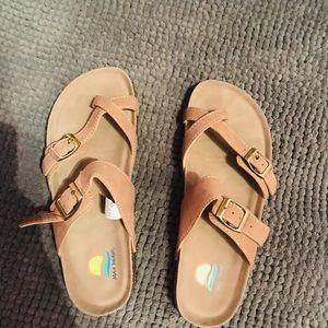 Shoes - Cute Summer Sandals!